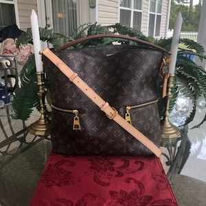 ❤️❤️DISCONTINUED LOUIS VUITTON MELIE ❤️❤️